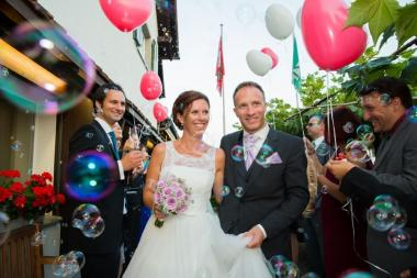 heiraten-rapperswil-schloss-jona-spalier